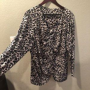 Cheetah print blouse 3x